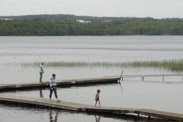 Gunnebo. Orilla del Rödasjön. Foto R.Puig