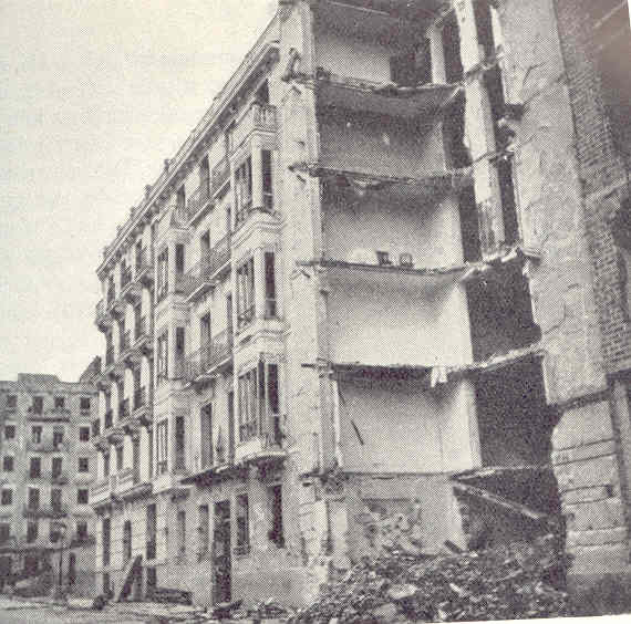 Edificio bombardeado en Madrid. Allan Vougt. Moskva Madrid. Stockholm 1938