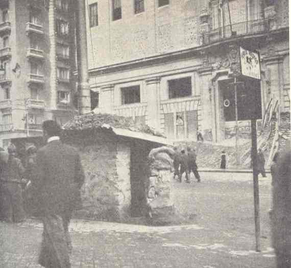 Refugio frente a la Telefónica. Gran Vía. Madrid. Allan Vougt. Moskva Madrid. Stockholm 1938