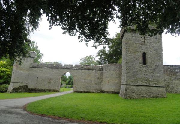Acceso al Croft Castle. s.XVII. Foto R.Puig