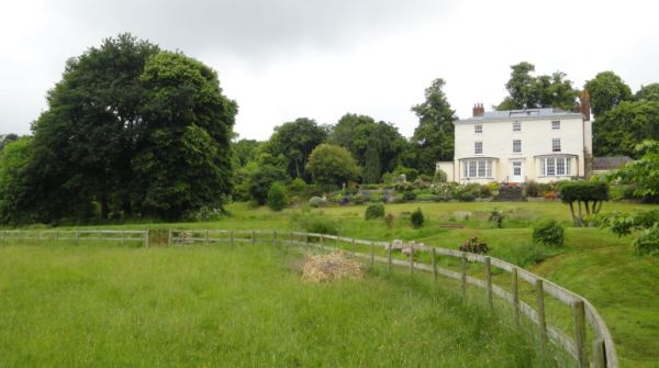 Georgian Manor. Photo R.Puig