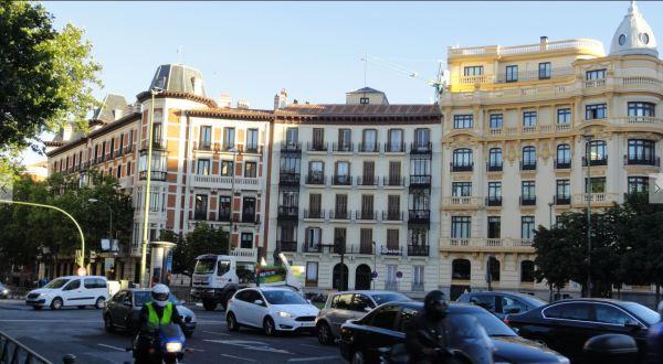Madrid. Plaza Alonso Martínez a primera hora. Foto R.Puig