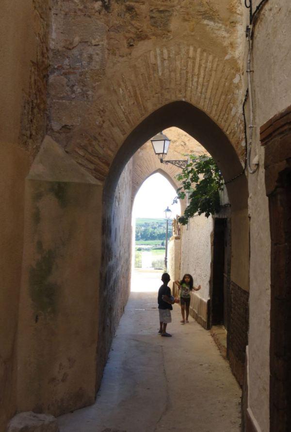 Requena. Arcos árabes.Foto R.Puig
