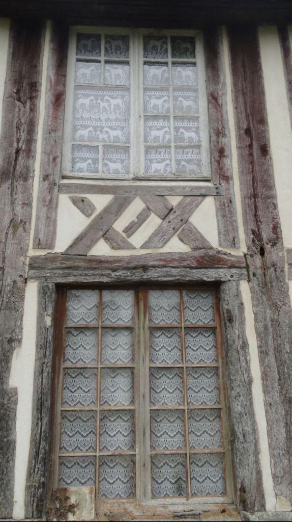 Artesanía de las ventanas. Foto R.Puig