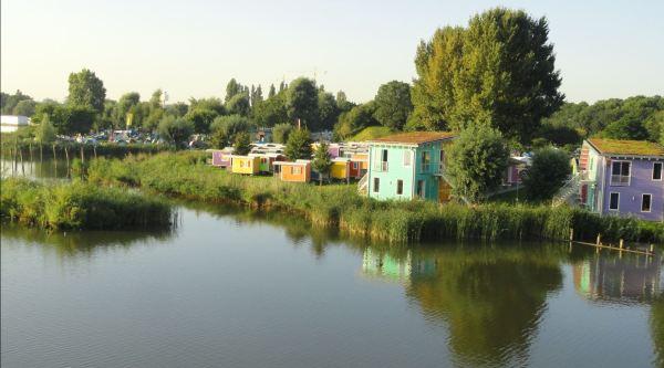 El camping de Zeeburg junto al Rijnkanaal de Amsterdam. Foto R.Puig