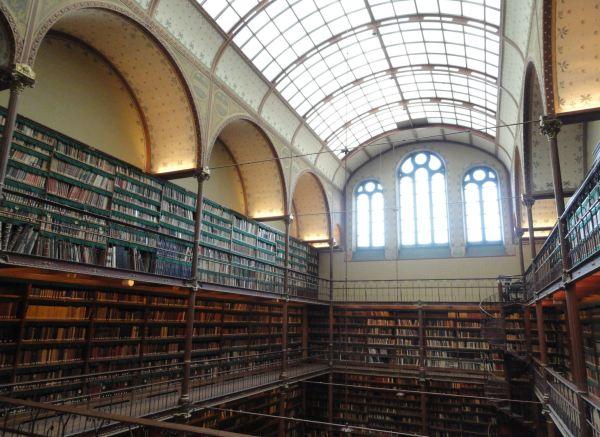 Biblioteca de Pierre Cuypers. Rijkt Museum. Foto R.Puig