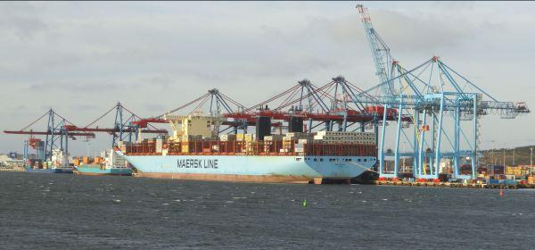 De la China ha llegado un barco. Foto R.Puig