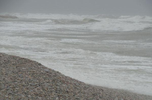 Mar brava en la Almadrava. Foto R.Puig