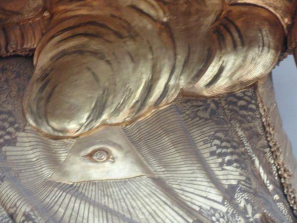 El ojo de Dios nos vigila. Púlpito de Santa Clara. Estocolmo. Foto R.Puig