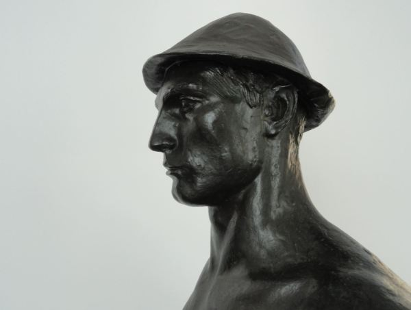 Ercole Drei. El sembrador. 1937. Bronce. Detalle Galería Comunal de Arte Moderno. Foto R.Puig