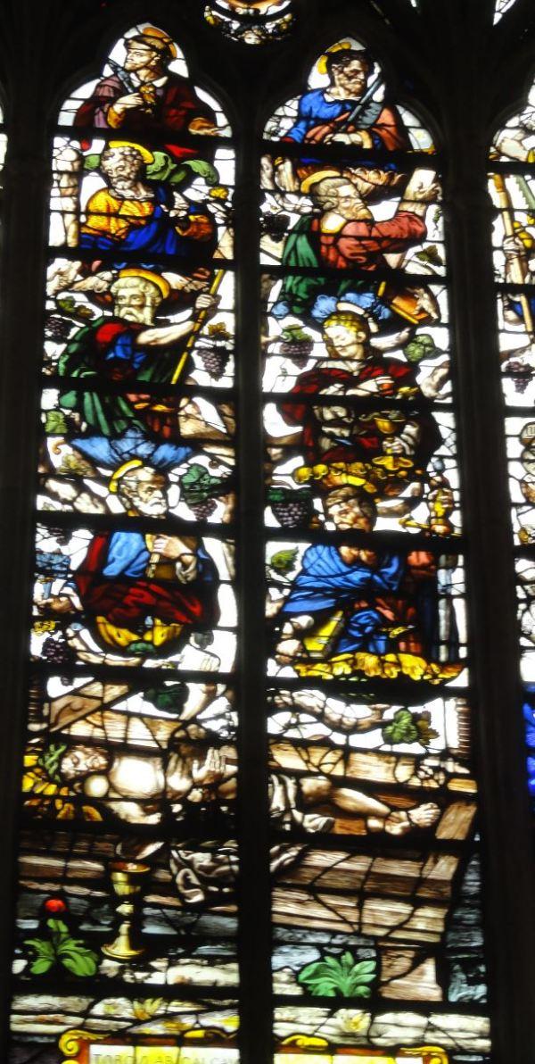 Cristo bajo el tórculo. Catedral de Troyes. Foto R.Puig