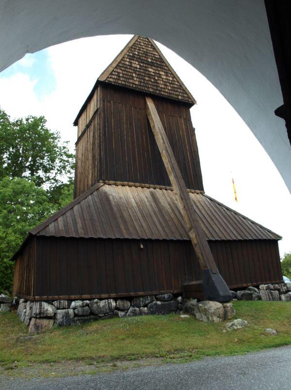 Iglesia de Härkeberga. Campanario exento, Foto R.Puig