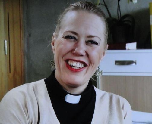 Una párroca muy ocupada. SVT1. Programa Fe Esperanza y Amor