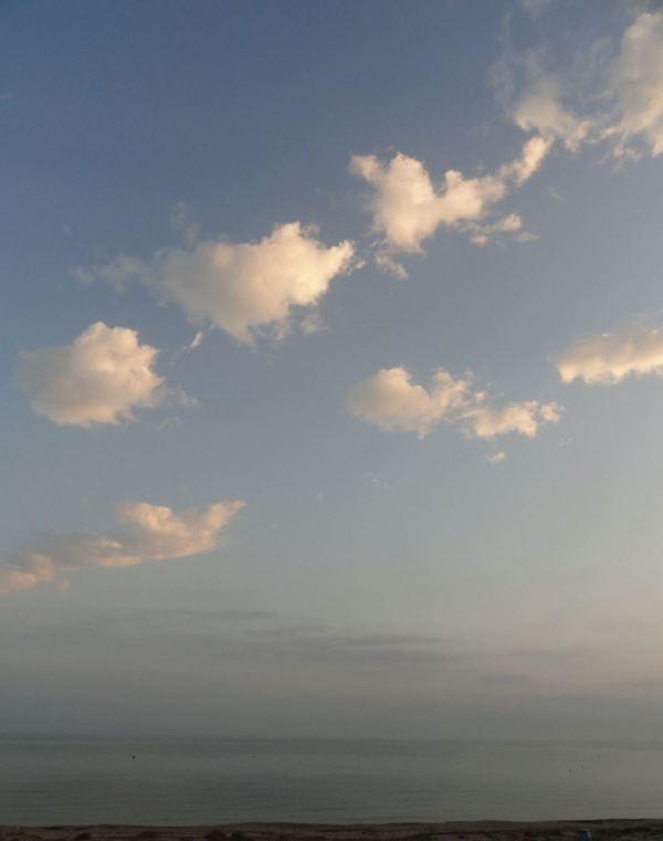 Alborada en la Playa de la Almadrava. Foto R.Puig