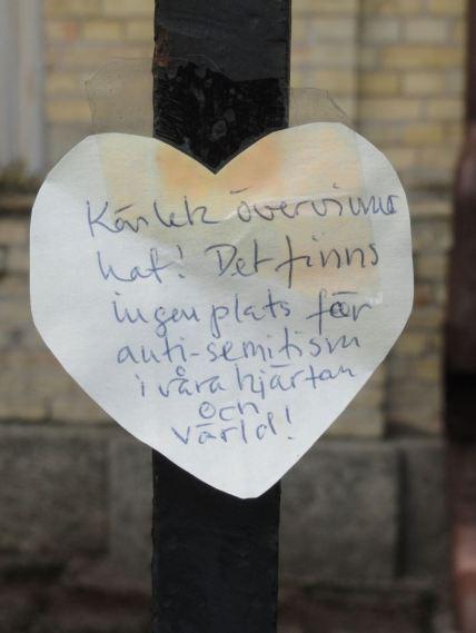 El amor derrota al odio. Foto R.Puig