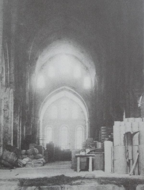 Estado de la nave de la iglesia abacial de Fontenay en 1890, ANDRÉ, Louis, p.79