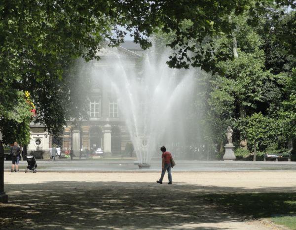 Por el Parc Royal. Bruselas. Foto R.Puig