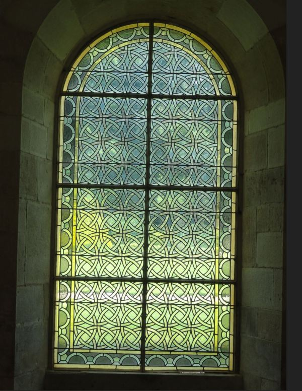 Ventana de la sala capitular de Fontenay. Foto R.Puig
