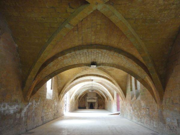 Abadía de Fontefroide. Refectorio de los hermanos legos. Foto R.Puig