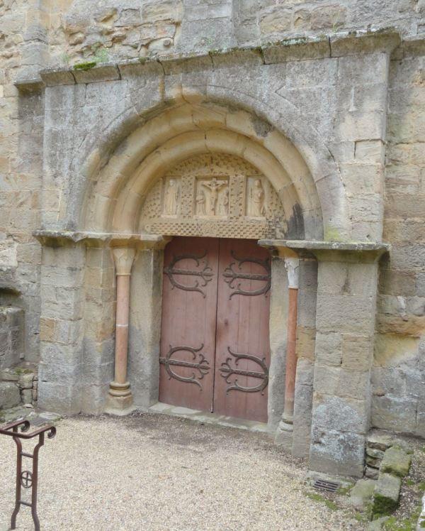 Entrada románica del siglo XII. Fontefroide. Foto R.Puig