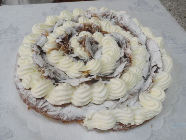 Montuiri. Ensaimada del Forn i Pastisseria Can Salat.Foto R.Puig
