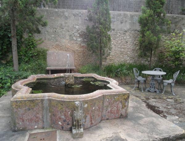 Montuiri. Rincón del jardín en Can Moio. Foto R.Puig