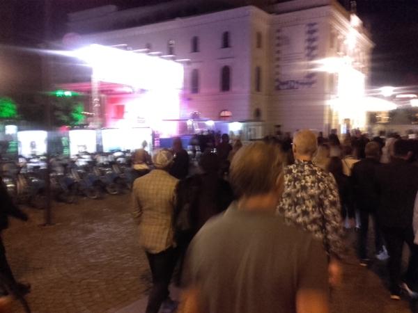 Calles festivaleras. Foto R.Puig