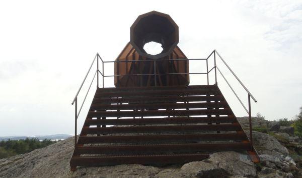 Audioscopio oceánico. Acero corten. Per Svensson. Pilane 2018. Foto R.Puig