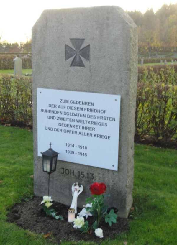 Memorial de los soldados alemanes. Cementerio de Kvibergs. Gotemburgo. Foto R.Puig