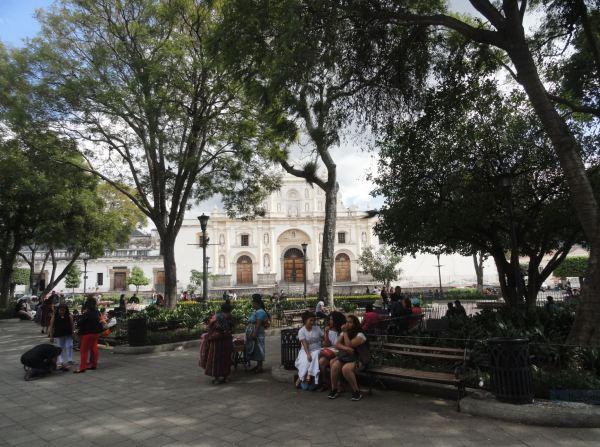 Guatemala. Plaza Mayor de La Antigua. Foto R.Puig