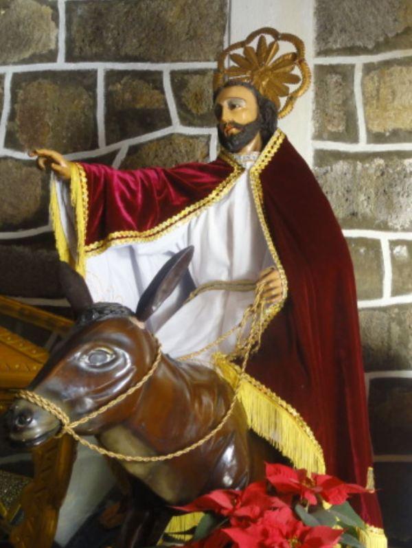 En la iglesia de San Pedro La Laguna. Foto R.Puig