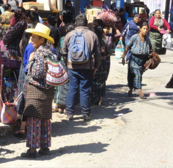 En ruta hacia el lago de Atitlán. En Solola. Foto R.Puig
