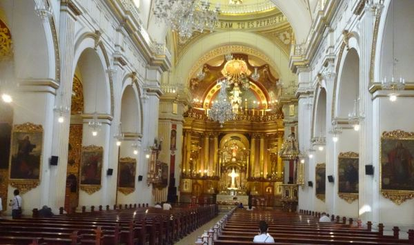 Nave central. San Pedro de Lima. Foto R.Puig
