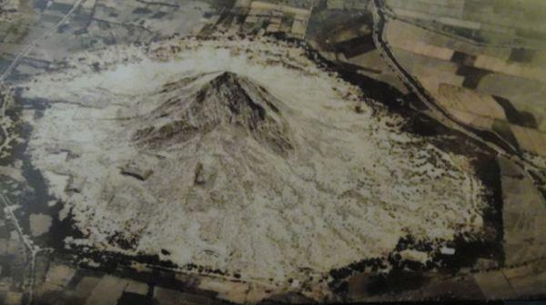 Vista aérea del Cerro La Raya. Túcume, museo del sitio.