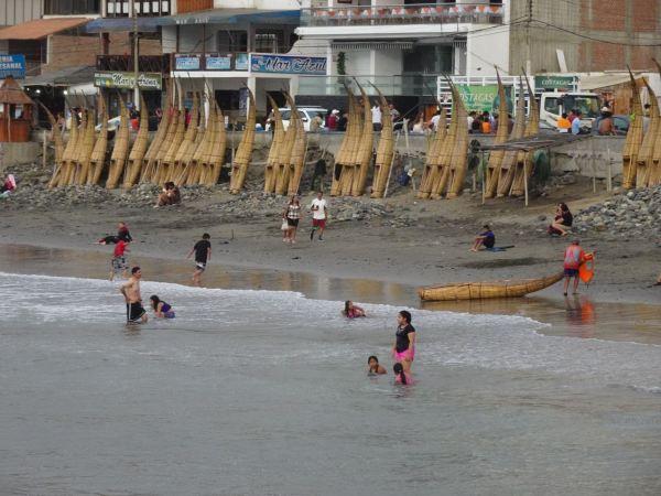 Caballitos de totora. Huanchaco. Foto R.Puig