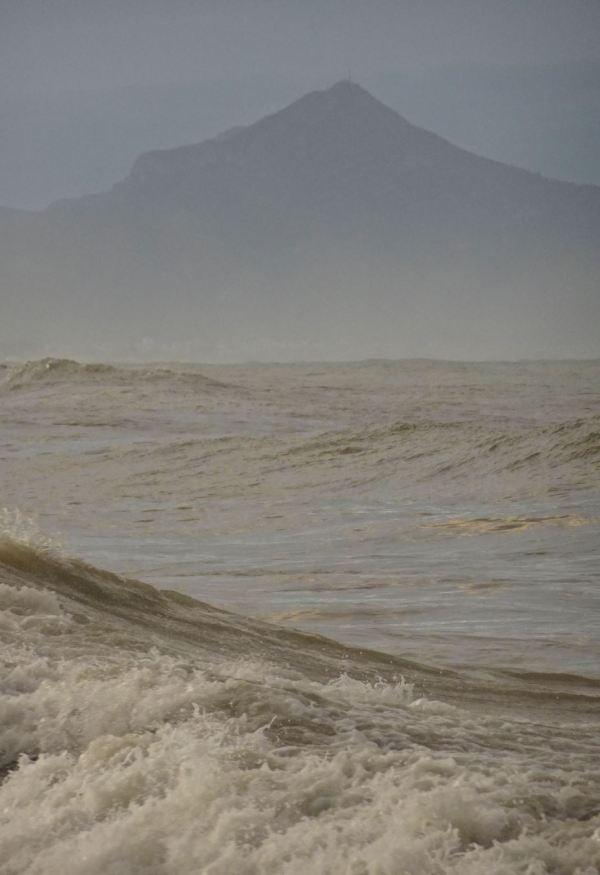 El monte y el mar. Foto R.Puig