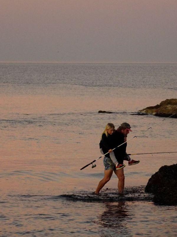 De pesca con papá. Foto R.Puig