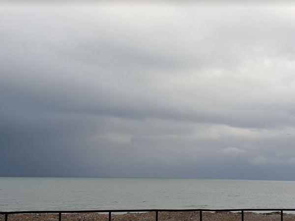 Días de nubes en la Almadrava. Foto R.Puig