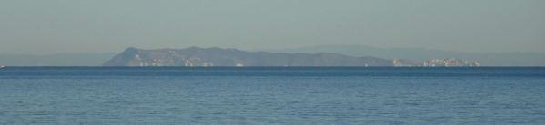 El promontorio de Cullera desde la playa de la Almadrava. Foto R.Puig