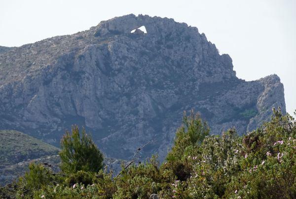 La cumbre de la Forarada desde su cresta oeste. Foto R.Puig