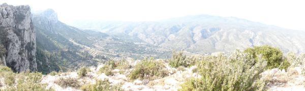 La Foradada, Benissili y la Safor desde las alturas sobre el Corral de l'Urba. Foto R.Puig