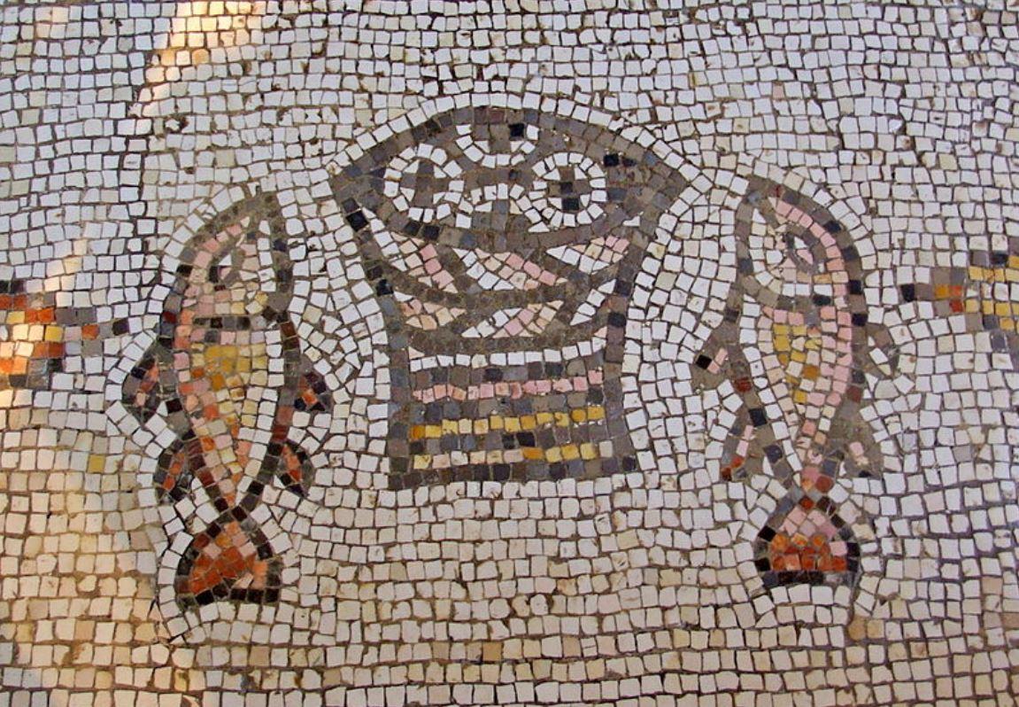 Iglesia de la multiplicación.Mosaico s.V.Tabgha. Israel